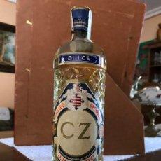 Coleccionismo de vinos y licores: BOTELLA ANIS CZ J.M. RIVERO PRECINTO 80CTM. Lote 143986418