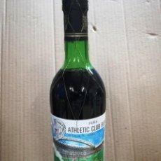 Coleccionismo de vinos y licores: ANTIGUA BOTELLA VINO RIOJA.PEÑA ATHLETIC CLUB BILBAO.AÑO 1983.RIOJA. Lote 144243934