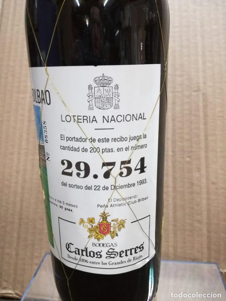 Coleccionismo de vinos y licores: ANTIGUA BOTELLA VINO RIOJA.PEÑA ATHLETIC CLUB BILBAO.AÑO 1983.RIOJA - Foto 3 - 144243934