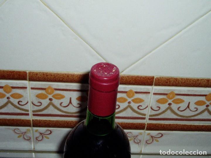 Coleccionismo de vinos y licores: Vino Tinto Vega Sicilia cosecha 1975 - Foto 4 - 144846770