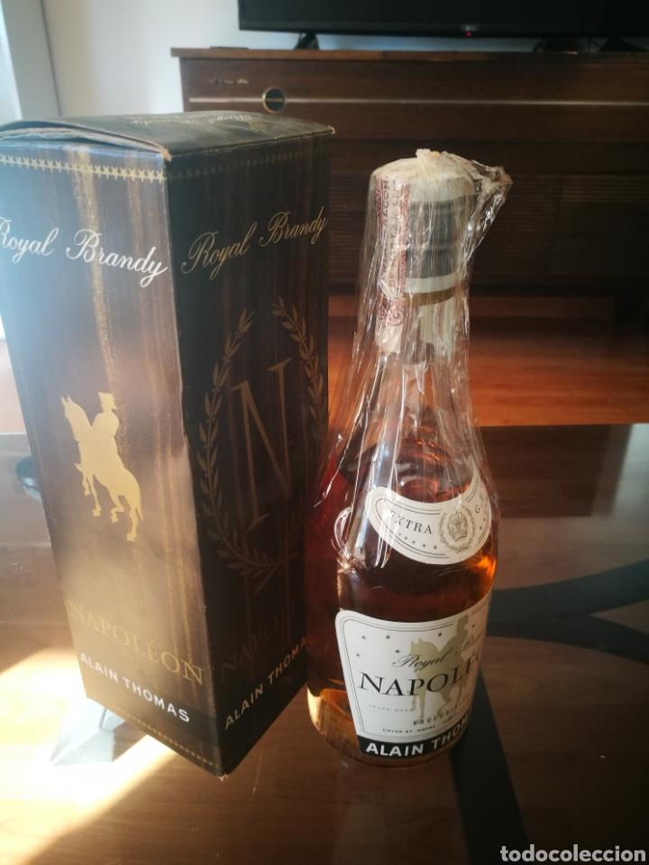 Coleccionismo de vinos y licores: Royal Brandy Napoleón (80 centímos) - Foto 6 - 145595936