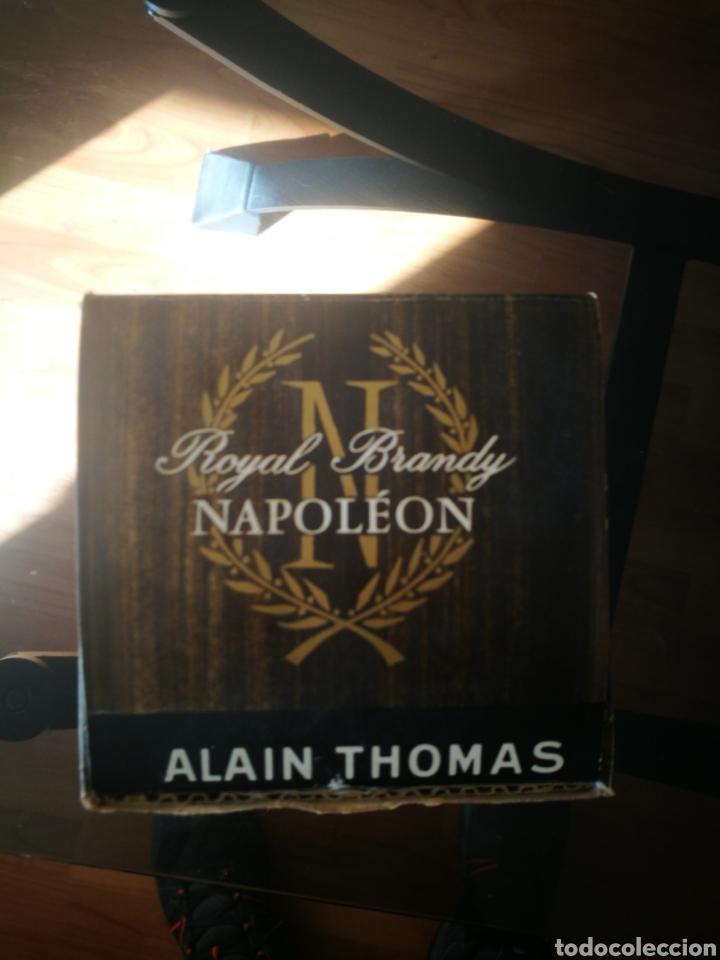 Coleccionismo de vinos y licores: Royal Brandy Napoleón (80 centímos) - Foto 8 - 145595936