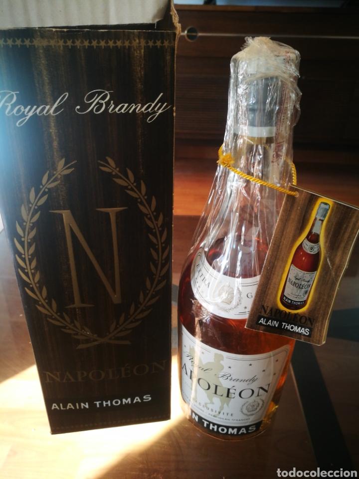 ROYAL BRANDY NAPOLEÓN (80 CENTÍMOS) (Coleccionismo - Botellas y Bebidas - Vinos, Licores y Aguardientes)