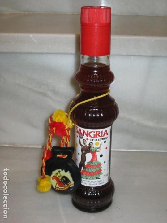 Coleccionismo de vinos y licores: 3 botellas de sangria - Foto 5 - 150199986