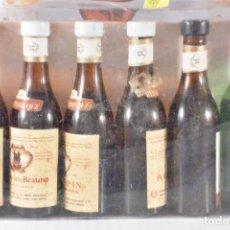 Colecionismo de vinhos e licores: BOTELLITA BOTELLIN 6 MINIBOTELLINES VINO ALPA ITALIA BODEGAS GARCES. Lote 150311738