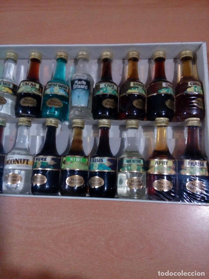 Coleccionismo de vinos y licores: Estuche Marie brizard 20 miniaturas - precintado-ver fotos - leer - Foto 3 - 151016086