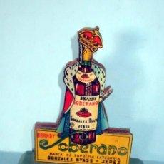 Coleccionismo de vinos y licores: BRANDY SOBERANO .GONZALEZ BYASS, SERVILLETERO DE MADERA AÑOS 50-60 EN MUY BUEN ESTADO. Lote 151593470