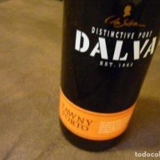 Coleccionismo de vinos y licores: VINO DISTINCTIVE PORT-DALVA- EST.1862 - TAWNY PORTO. Lote 152005986