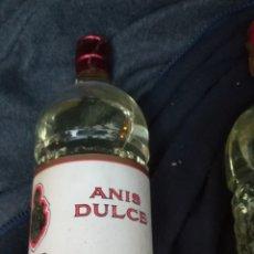 Coleccionismo de vinos y licores: ANTIGUA BOTELLA DE ANÍS DULCE, DOMECQ. Lote 152807566