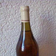 Coleccionismo de vinos y licores: BOTELLA DE VINO BLANCO,ARBOIS SAVAGNIN DOMAINE DE LA PINTE. 1988. JURA. Lote 153201066