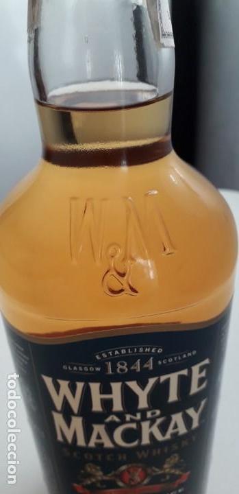 Coleccionismo de vinos y licores: WHITE AND MACHAY SCOTCH WHISKY - Foto 5 - 153801194