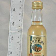 Coleccionismo de vinos y licores: BOTELLITA BOTELLIN RON ARTEMI HONEY RUM DESTILERIAS ARTEMI LAS PALMAS. Lote 154444738