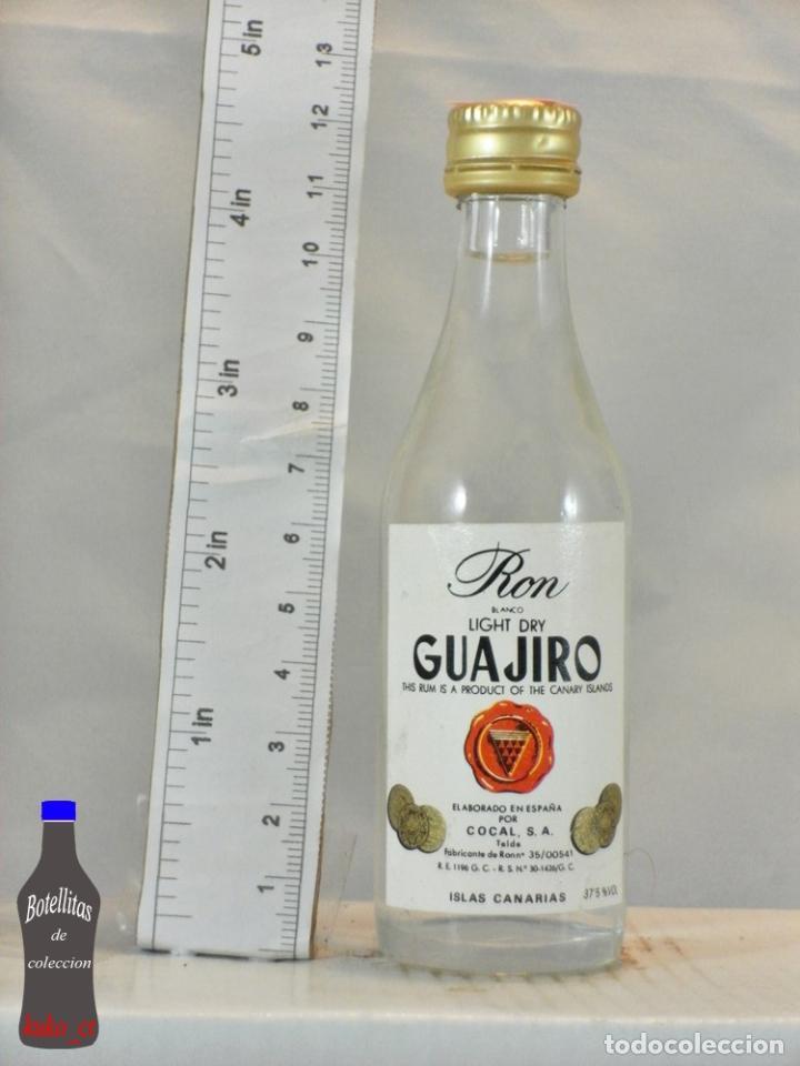 BOTELLITA BOTELLIN RON GUAJIRO BLANCO COCAL ISLAS CANARIAS (Coleccionismo - Botellas y Bebidas - Vinos, Licores y Aguardientes)
