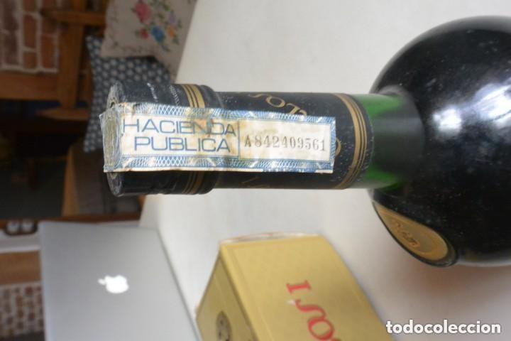 Coleccionismo de vinos y licores: BOTELLA DE BRANDY CARLOS I SOLERA ESPECIAL BODEGAS PEDRO DOMECQ - Foto 2 - 154795282