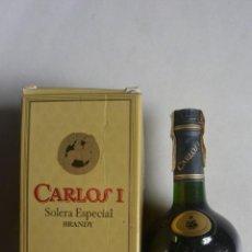 Coleccionismo de vinos y licores: BOTELLA DE BRANDY CARLOS I SOLERA ESPECIAL BODEGAS PEDRO DOMECQ. Lote 154795282