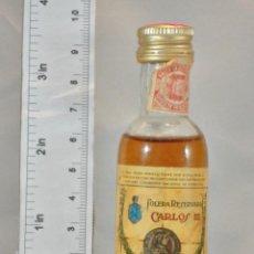 Coleccionismo de vinos y licores: BOTELLITA BOTELLIN BRANDY CARLOS III SOLERA RESERVADA PEDRO DOMECQ JEREZ DE LA FRONTERA. Lote 155757178