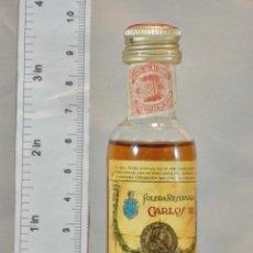 Coleccionismo de vinos y licores: BOTELLITA BOTELLIN BRANDY CARLOS III SOLERA RESERVADA PEDRO DOMECQ JEREZ DE LA FRONTERA. Lote 155757218