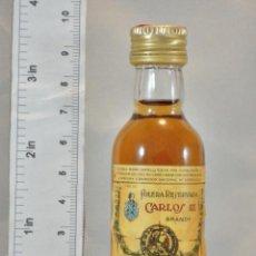 Coleccionismo de vinos y licores: BOTELLITA BOTELLIN BRANDY CARLOS III SOLERA RESERVADA PEDRO DOMECQ JEREZ DE LA FRONTERA. Lote 155757282