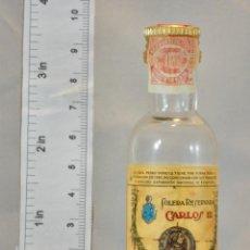 Coleccionismo de vinos y licores: BOTELLITA BOTELLIN BRANDY CARLOS III SOLERA RESERVADA PEDRO DOMECQ JEREZ DE LA FRONTERA. Lote 155757554