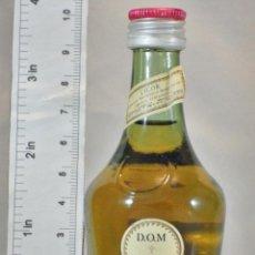Coleccionismo de vinos y licores: BOTELLITA BOTELLIN DOM LIQUEUR BRANDY BENEDICTINE S.A. FECAMP FRANCE. Lote 155865546