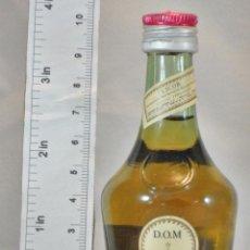 Coleccionismo de vinos y licores: BOTELLITA BOTELLIN DOM LIQUEUR BRANDY BENEDICTINE S.A. FECAMP FRANCE. Lote 155865962