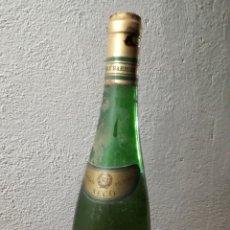 Coleccionismo de vinos y licores: ANTIGUA BOTELLA DE VINO RENE BARBIER-KRALINER-SECO. Lote 162644852