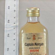 Coleccionismo de vinos y licores: BOTELLITA BOTELLIN CAPTAIN MORGAN GOLD LABEL JAMAICA RUM LONDON. Lote 163518190