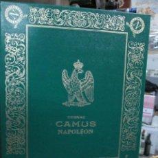 Coleccionismo de vinos y licores: ANTIGUA CAJA VACIA BRANDY COÑAC, LIBRO CAMUS NAPOLEON. Lote 164733178