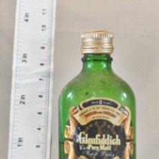 Coleccionismo de vinos y licores: BOTELLITA BOTELLIN GLENFIDDICH PURE MALT SCOTCH WHISKY 8 YEARS SCOTLAND. Lote 165606546