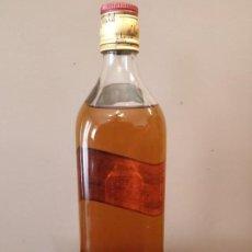 Coleccionismo de vinos y licores: BOTELLA JOHNNIE WALKER - ANTIGUA - SIN CODIGO DE BARRAS. Lote 167529516