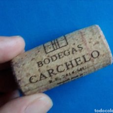 Coleccionismo de vinos y licores: CORCHO VINO BODEGAS CARCHELO. Lote 168221166