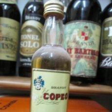 Coleccionismo de vinos y licores: ANTIGUO BOTELLIN BRANDY COÑAC, BRANDY COPEO 12 CM ALTURA. Lote 168357592