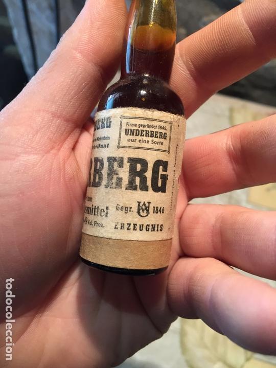 Coleccionismo de vinos y licores: Antigua botella / botellín de ratafia marca Underberg licor de hiervas amargo Germany - Foto 3 - 168519548