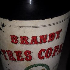 Coleccionismo de vinos y licores: BRANDY TRES COPAS. AÑOS 60. Lote 169875744