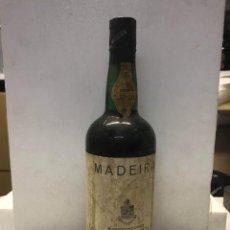 Coleccionismo de vinos y licores: BOTELLA MADEIRA VINO PORTUGUÉS SECO. . Lote 170335456
