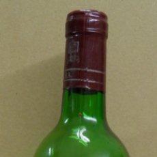 Coleccionismo de vinos y licores: BOTELLA DE VINO RIOJA,SEÑORIO DE VILLOSLADA,COSECHA 1990,DENOMINACION DE ORIGEN 5,SIN ABRIR. Lote 170385076