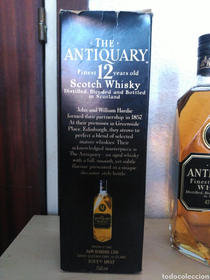 Coleccionismo de vinos y licores: Whisky the Antiquary 12 años - Foto 3 - 170985802