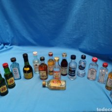 Coleccionismo de vinos y licores: LOTE DE 16 BOTELLINES LICORES VARIADOS, TORRES 10, WHITE LABEL, JB, BACARDI, BOMBAY........ Lote 171093632