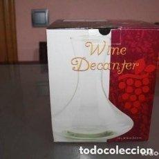 Coleccionismo de vinos y licores: JARRA DE DECANTADOR DE VINO . Lote 171231813
