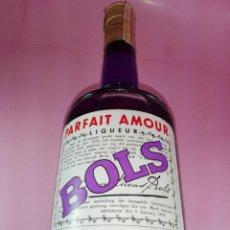 Coleccionismo de vinos y licores: BOTELLA-BOLS-PARFAIT AMOUR-TARRAGONA-ANTIGUA-ERVEN-AMSTERDAM-LUCAS BOLS-30º.DEBE SER DE 75 CL. Lote 172276162