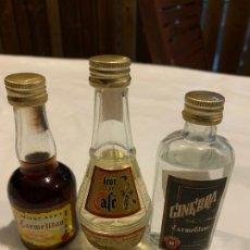 Coleccionismo de vinos y licores: LOTE 3 BOTELLINES LICOR CARMELITANO. Lote 172362415
