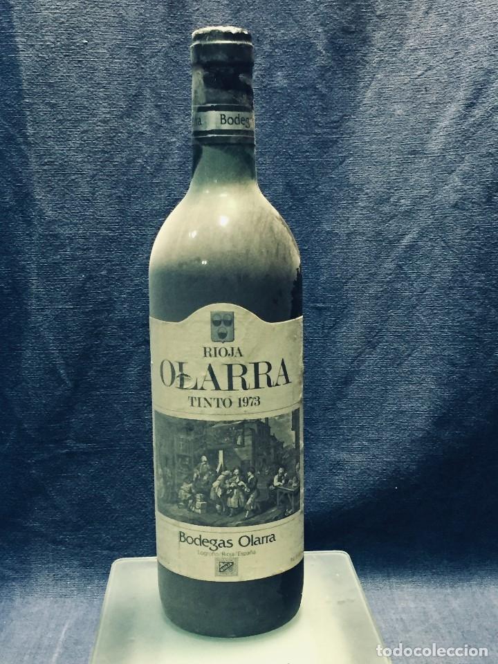 BOTELLA RIOJA OLARRA TINTO (Coleccionismo - Botellas y Bebidas - Vinos, Licores y Aguardientes)