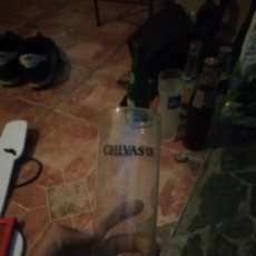 Coleccionismo de vinos y licores: AMTIGUO VASO SERIGRAFIA CHIVAS REGAL 18. Lote 173881057