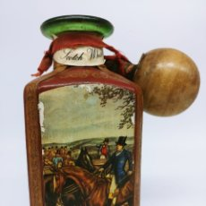 Coleccionismo de vinos y licores: WHISKY 1895, SCOTLAND, IN FULL BOTTLE COVERED IN LEATHER THE 50S. Lote 173897788