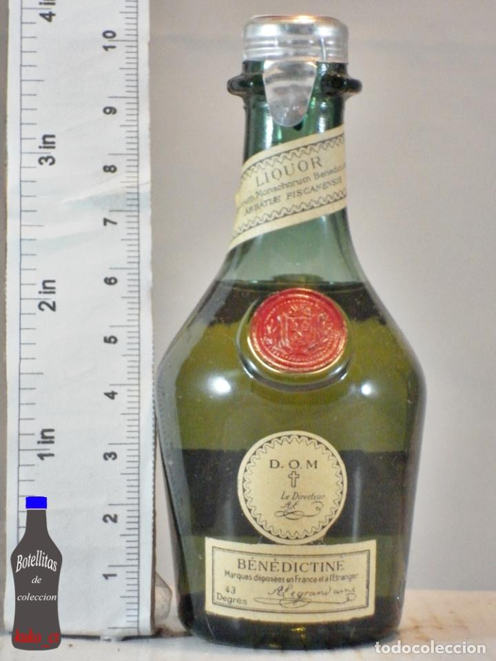 BOTELLITA BOTELLIN D.O.M. BENEDICTINE LIQUEUR BENEDICTINE FRANCE (Coleccionismo - Botellas y Bebidas - Vinos, Licores y Aguardientes)