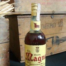 Coleccionismo de vinos y licores: BRANDY MAGNO (4 PTAS) OSBORNE PUERTO DE SANTA MARIA. Lote 174076747