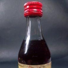 Coleccionismo de vinos y licores: BOTELLÍN ROMATE CARDENAL MENDOZA. 11,5 CM.. Lote 175198105