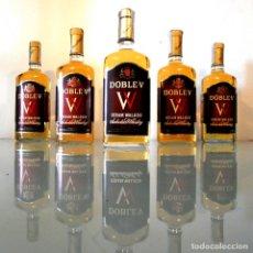 Coleccionismo de vinos y licores: LOTE 5 BOTELLAS WHISKY DOBLE W - PRECINTO 8 PTAS. Lote 175782712