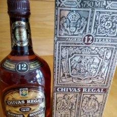 Collectionnisme de vins et liqueurs: WHISKY CHIVAS REGAL. 12 AÑOS. PRECINTADA. CON SU CAJA ORIGINAL. Lote 176348229