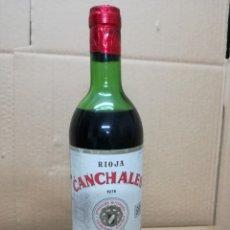 Coleccionismo de vinos y licores: BOTELLA DE VINO CANCHALES . 1976. BODEGAS RIOJANAS. CENICERO. LOGROÑO.LA RIOJA LLENA PRECINTADA. Lote 177403638